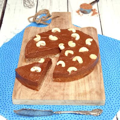Kakao-Vanille-Lucuma-Torte