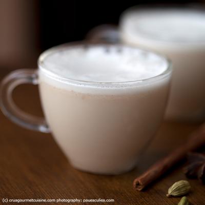 Cashew Chaí Maca Latte