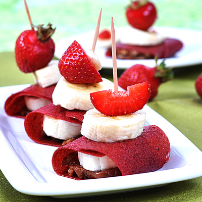 Erdbeer-Crêpe mit Dream-Cream Hazelnut und Schoko-Soße
